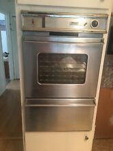 24 Inch GAS Magic Chef Wall Oven and Gas Stove top