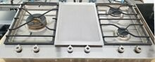 BERTAZZONI 36  GAS COOKTOP 3 BURNER AND ELECTRIC GRIDDLE