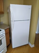 Frigidaire Gallery 30  White Top Freezer Refrigerator