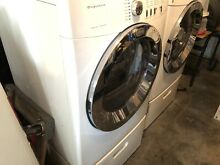 Frigidaire Electric Washer   Dryer Set With Pedestals   PICK UP ONLY