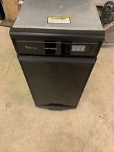 Whirlpool  GC900QPPB  Black Trash Compactor 1 4 cu  ft  Capacity  pick Up 0nly