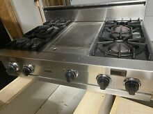 VIKING OPEN BURNER RANGE TOP With Griddle and hood