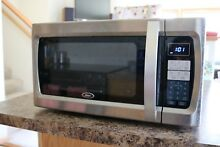 Oster 1100 Watt Microwave Black