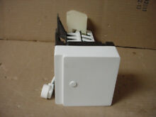 GE Y Series Refrigerator Ice Maker w  Some Wear Part   WR30X315
