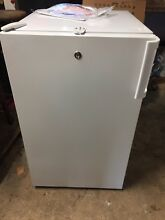 Summit Counter Height Freezer 32 5  X 19  FS407L Locking