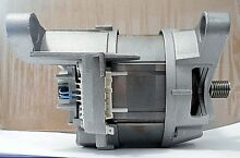 BOSCH WASHER MOTOR  PART  00436478 436478  NEW OLD STOCK  BOX HAS BEEN OPENED