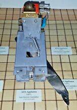 Thermador CMT127N CMT227N Oven Door Latch 00142728  14 37 327  142728