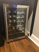 NewAir Thermoelectric Wine Cooler   AW 281E