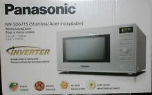 PANASONIC GENIUS 1 2 CU  FT  MICROWAVE STAINLESS STEEL   NN SD671SC