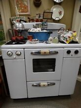 Antique Vintage White Tappan Deluxe 1950 s Gas Oven Working Condition