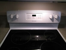 Frigidaire Electric Range  White  Smooth Top in excellent condition
