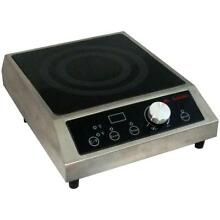 Sunpentown Countertop Commercial Induction Cooktop   1800 Watts   120v