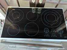 Wolf CT36ES 36  Smoothtop Electric Cooktop CT36E S