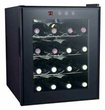 16 Bottle Thermo Electric Wine Cooler with Heating in Black  ID 56067