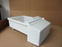 Kenmore Whirlpool Refrigerator Ice Container Part   2209780 WPW10312300