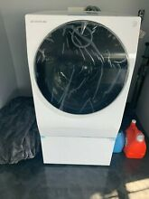 LG Signature Washer   Dryer Combo electric smart wi fi enabled  Newly Purchased