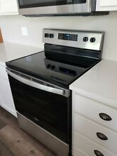 Whirlpool   30  Electric Range   Stainless Steel   WFE515S0JS0 Brand NEW