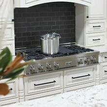 ZLINE 48  STAINLESS STEEL Porcelain Rangetop with 7 Gas Burners   Griddle RT48