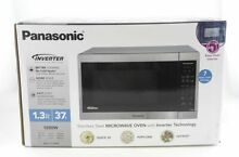 Panasonic NN SC668S Microwave Oven   Stainless Steel  New Other Open Box