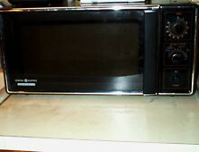 MICROWAVE OVEN VIntage 1984 GE Spacemaker II Rotary Knobs w Glass Tray Appliance