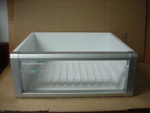 Thermador Refrigerator Crisper Pan Model  T24IR800SP 06 Part  0000035799
