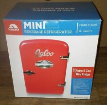 Igloo Mini Beverage Fridge 6 Cans Dorm Bar Red 4L Retro Fridge