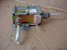 Maytag stove Gas Valve Part   33302706020