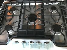 Frigidaire Gallery FGGC3047QS  30 SS Gas Cooktop   New  never used
