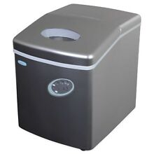 NewAir AI 100S 28 Pound Portable Ice Maker  Silver NEW