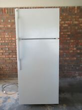 GE GTS18XCSARWW 28 W 18 2 cu  ft  Top Freezer Refrigerator  RH840462 w ice maker