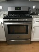 Frigidaire 30 Inch Gas Freestanding Range in Stainless Steel   5 Burners