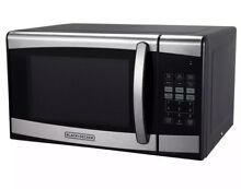 BLACK DECKER 0 9 cu ft 900 Watt Microwave Oven Stainless