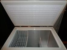 Magic chef chest freezer 7 0 cubic foot scratch and dent used works great