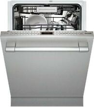 Thermador Star Sapphire DWHD870WFP 24  Stainless Steel Built In Dishwasher
