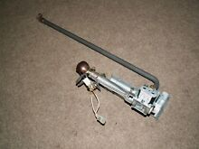 Kenmore Whirlpool natural gas dryer burner assembly w  igniter 8318272 279990