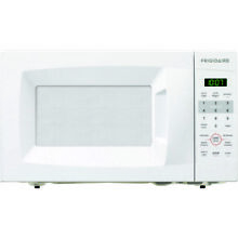 Frigidaire 0 7 Cu  Ft  Countertop Microwave with Glass Turntable