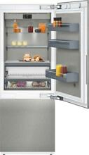 Gaggenau RB472704 30  Bottom Freezer Refrigerator TFT Touch Display Excellent