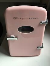 Frigidaire Retro Mini Fridge Compact Beverage Refrigerator Portable   PINK 6 Can