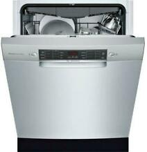 Bosch 800 Series 24  44 dBA 15 Setting Full Console Dishwasher SGE68X55UC Images