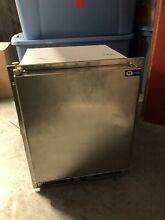 ICE MAKER FOR SALE EXCELLENT CONDITION   PULLED FROM A YACHT RECENTLY