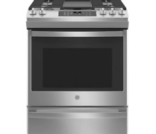 GE Stainless Steel 30  Gas Range w  5 Burners  5 6 Cu  Ft  Oven JGS760SPSS