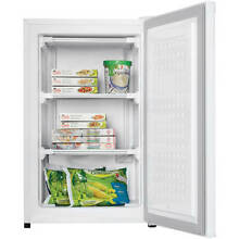 Danby 3 2 cu ft Upright Freezer  White