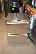 Perlick HP24FS35 24  Stainless Built In Undercounter Freezer Drawers NOB  20930