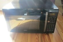 Kenmore Counter Top Microwave Oven 1 Cu Ft  1200 W   721 66339800   Won t Spin