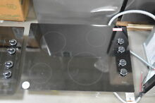 Whirlpool W5CE3024XB 30  Black Smoothtop Electric Cooktop NOB  27839 HL