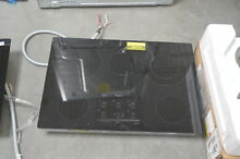 Whirlpool G9CE3065XB 30  Black Smoothtop Electric Cooktop NOB  28075 HL
