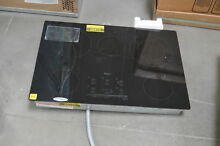 Whirlpool G9CE3065XB 30  Black Smoothtop Electric Cooktop NOB  28076 HL