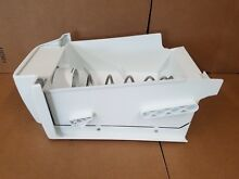 GE REFRIGERATOR ICE CONTAINER ASSEMBLY PART  WR17X12108