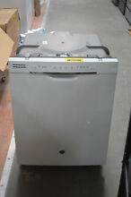 GE GDF650SGJWW 24  White Full Console Built In Dishwasher NOB  28705 HL