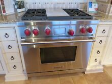 NEW Wolf Range DF364 36  Dual Fuel Range Oven Pro 4 Burners Stainless   Grill
